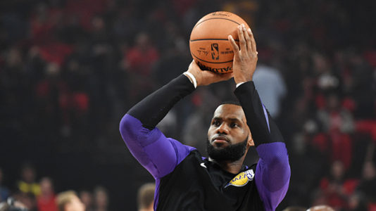 LeBron James not worried despite loss in Los Angeles Lakers debut