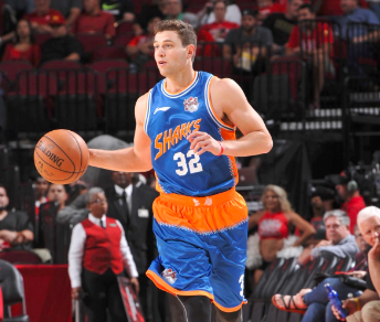 Jimmer Fredette has 75-point game in China