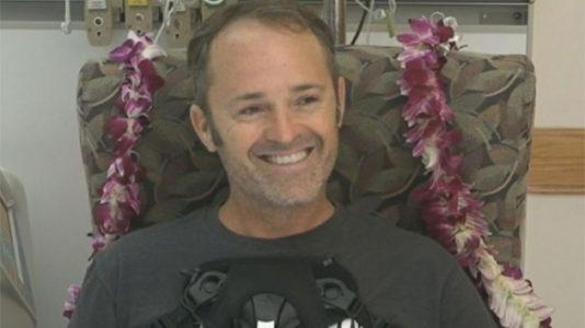 Pilot whose plane crashed near Honolulu credits good Samaritan who jumped into water to save him