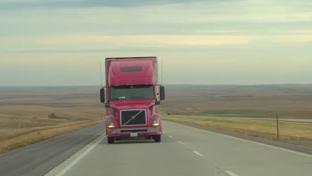 Utah lawmakers vote down extension of truck ban on highway